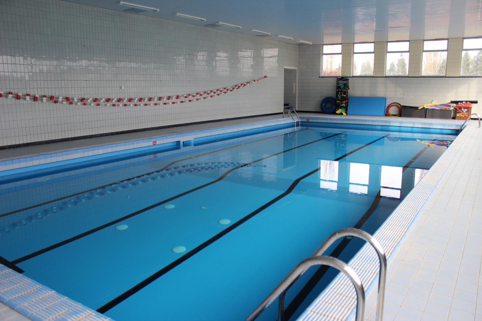 Coll ge de bonne esp rance binche for Construction piscine fontenay le comte